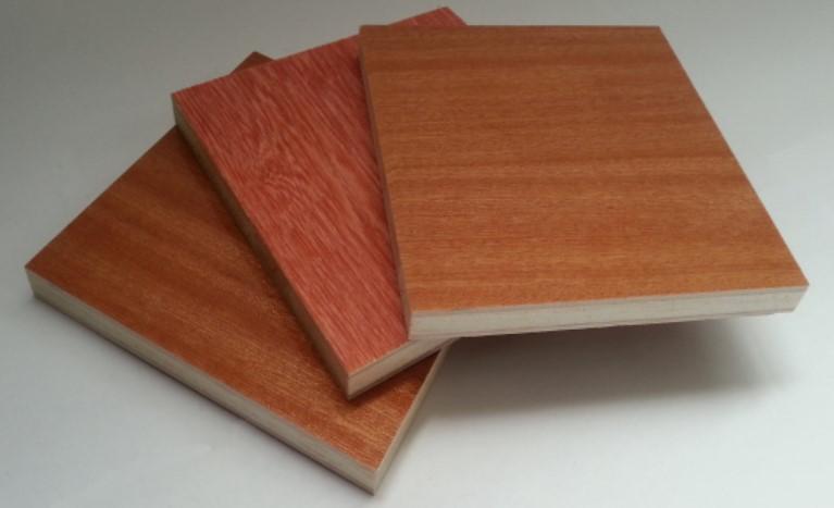 ساندویچ پانل با طرح چوب