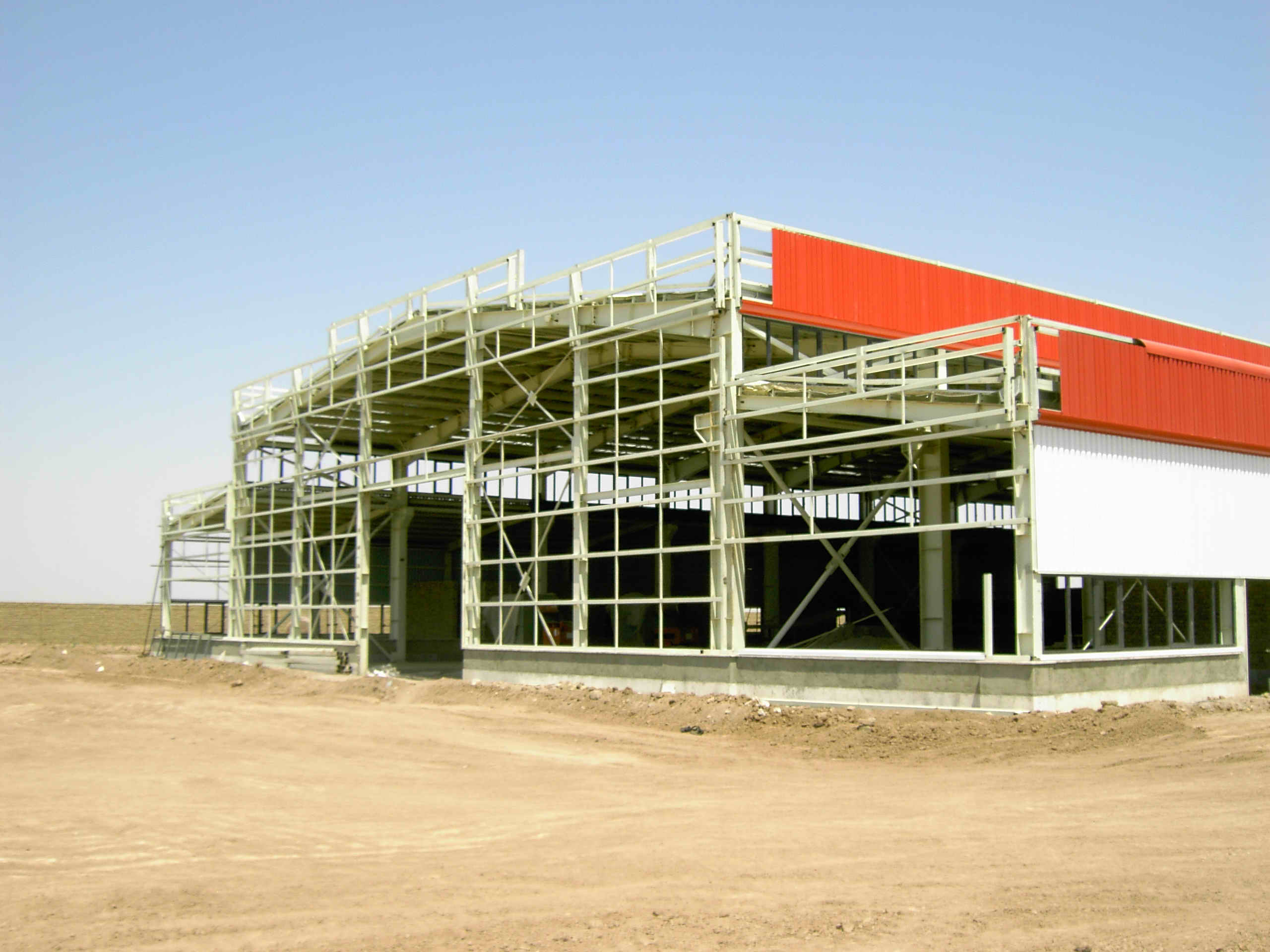 making-factory-with-sandwich-panel   پانل   ساندویچ پانل ...